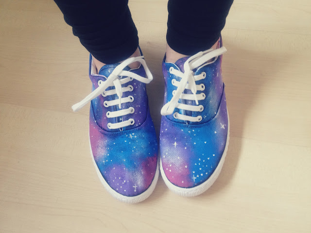 Pimp your shoes: Galaxy Print! Blog