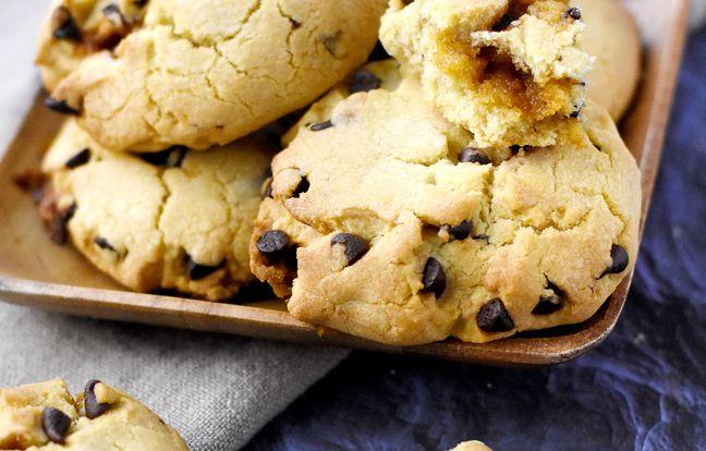 cookies heart caramel
