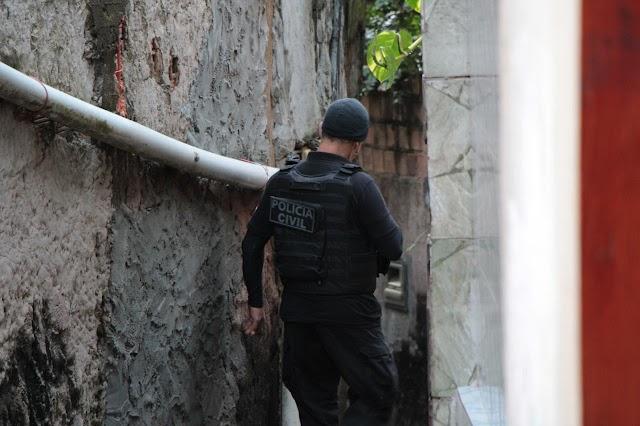 Polícia prende avô que estuprou as três netas em Vitória do Conquista/BA