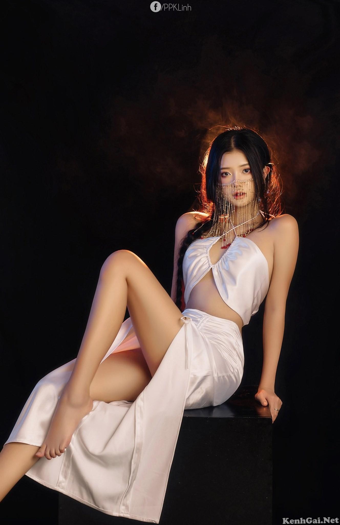 Model Trà Giang   E-CUP