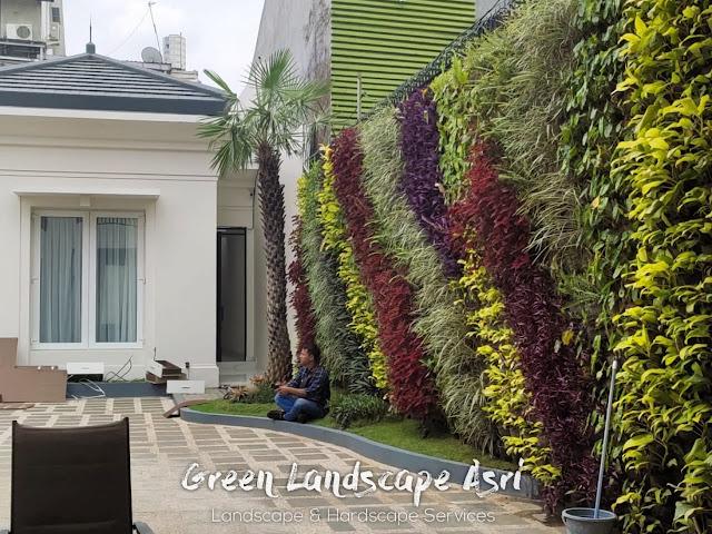 Jasa Taman Vertikal di Surabaya - Tukang Vertical Garden Profesional Surabaya