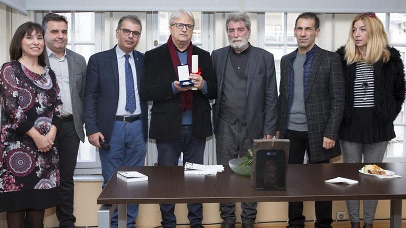 Κοπή πρωτοχρονιάτικης πίτας της ΕΣΗΕΜ-Θ και βράβευση του δημοσιογράφου Βασίλη Κάργα