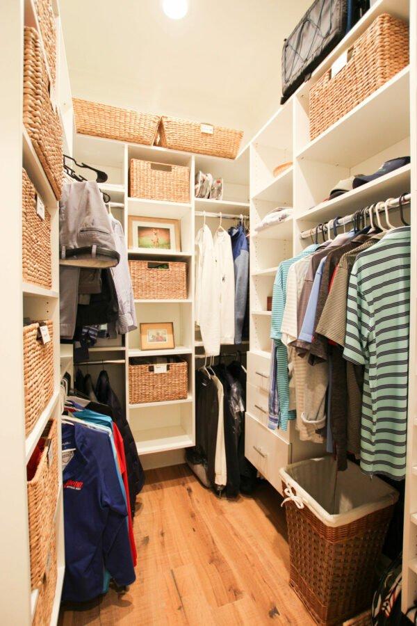 20 gorgeous DIY custom closets   Thrifty Decor Chick