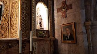 Una imagen del beato Juan José Vivas-Pérez se halla en una de las capillas lateral de la iglesia