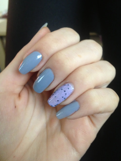 speckled-nails-lilac-illamasqua-cocktail-bling-essie