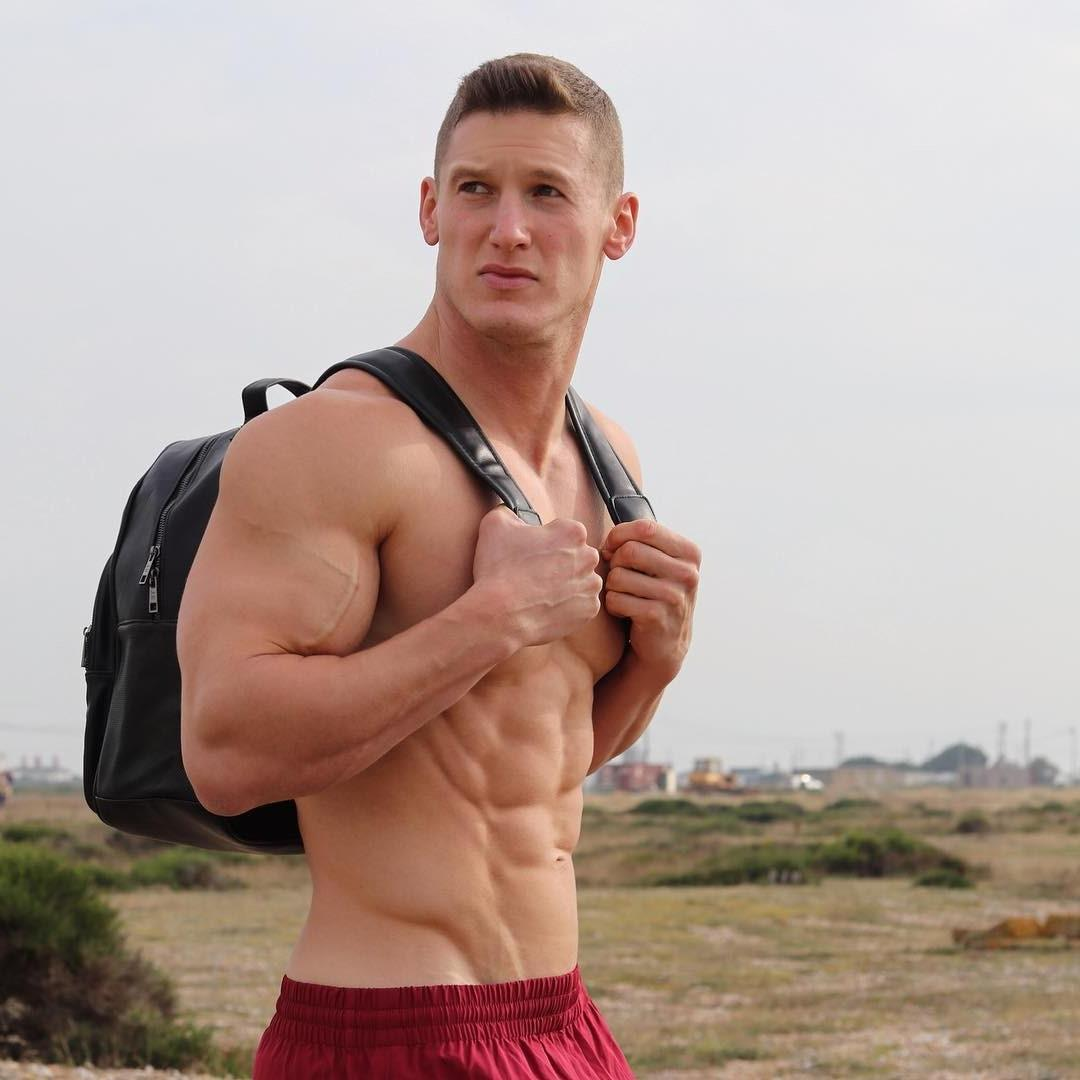 strong-masculine-muscle-daddy-shirtless-male-beefy-body