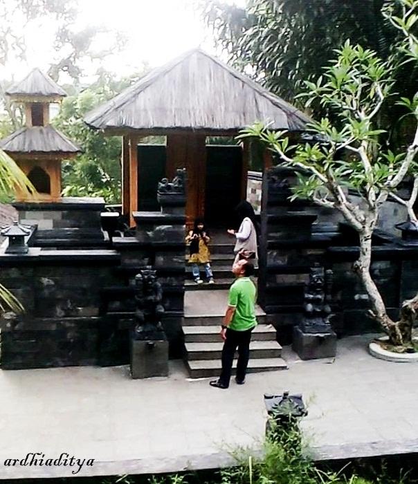 T Garden Wisata Di Medan Bernuansa Bali Ardi Blog
