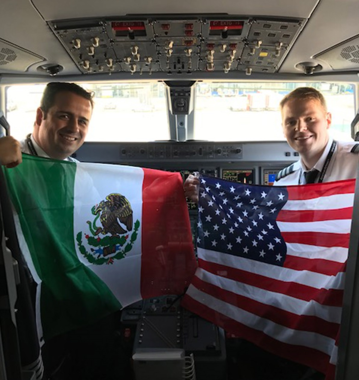 AMERICAN AIRLINES INICIA OPERACIONES ACAPULCO HUATULCO 01