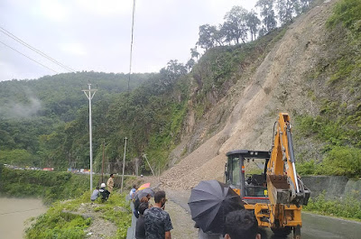 Landslide at Seti Jhora blocked NH 10