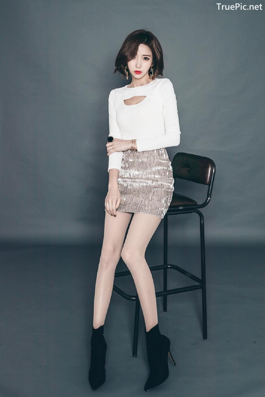 Image Ye Jin - Korean Fashion Model - Studio Photoshoot Collection - TruePic.net - Picture-5