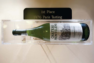 A bottle of the 1973 Chardonnay from Château Montelena in the Smithsonian recognizing it wining first place in the 1976 Judgement of Paris wine tasting.