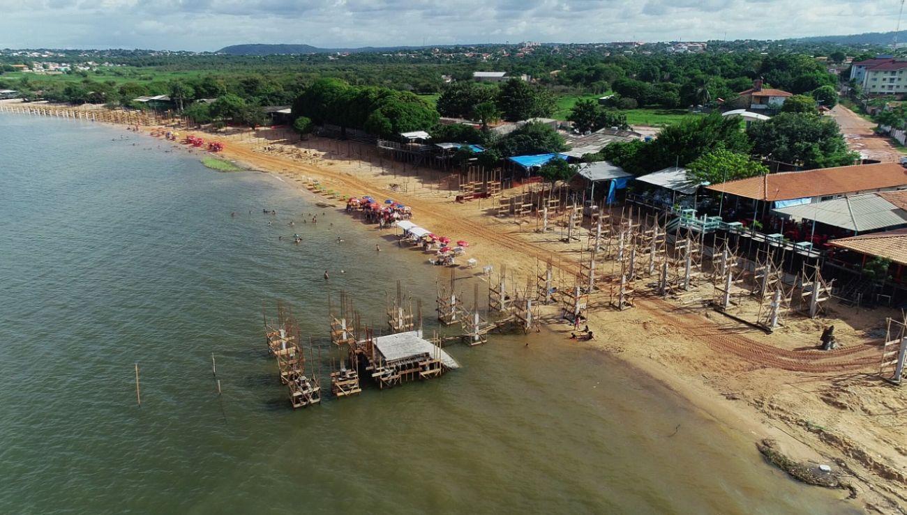 Praia do Maracanã muda de cenário com passarela de 5 metros e preservação do lago
