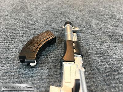 Mô hình súng AK47 1/6 bắn được 1