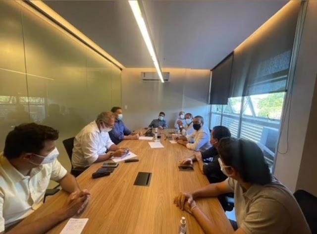 ACM Neto volta a se reunir com deputados para discutir pandemia e cenário político e econômico