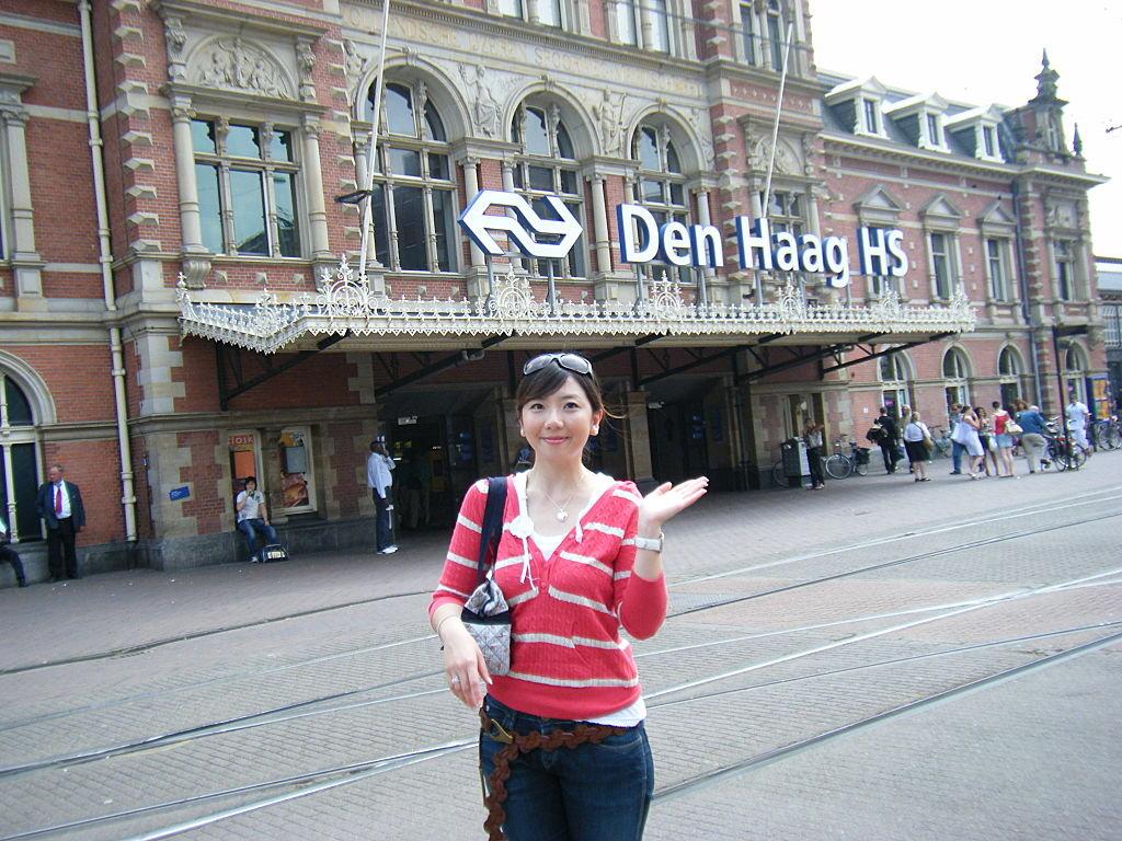 Beauty Asian Girl: Gorgeous Hong Kong Cathay Pacific