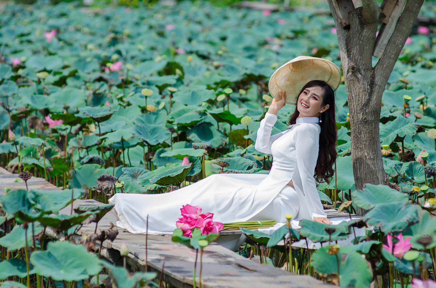 Tuyển tập girl xinh gái đẹp Việt Nam mặc áo dài đẹp mê hồn #57 - 5