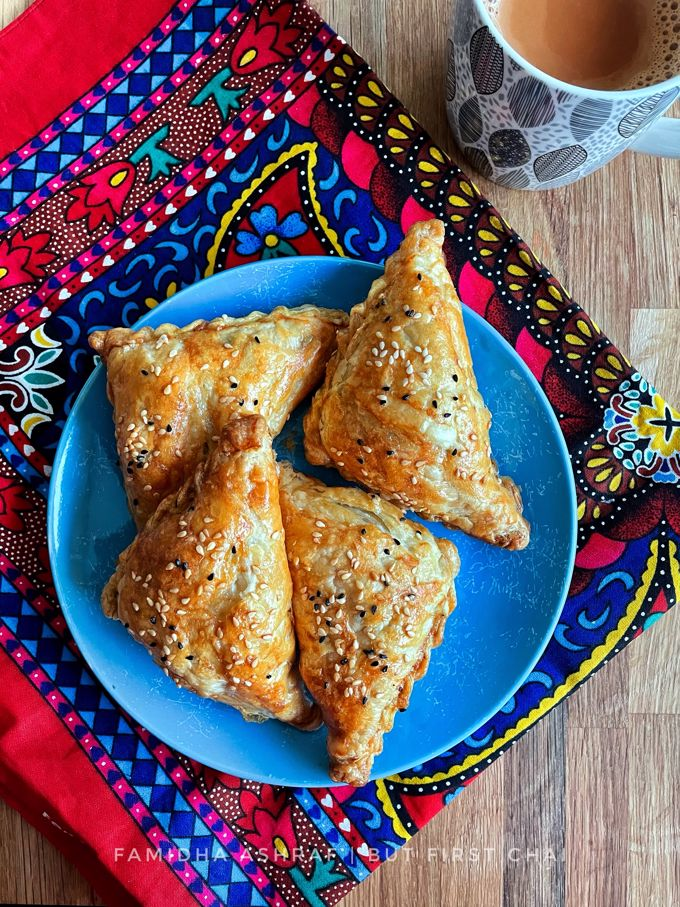 Afghan Sambosa with Meat and Peas