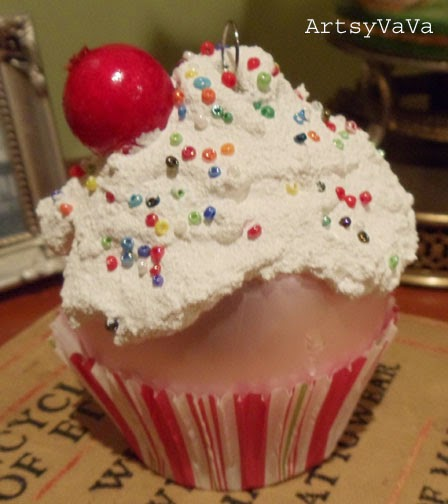 Artsy VaVa: Cupcake Ornaments