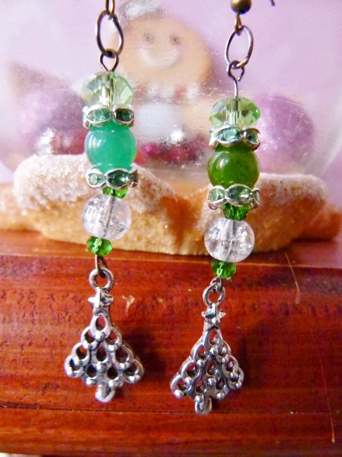 Festive Fun Day 6: tacky earrings and other Christmas ...