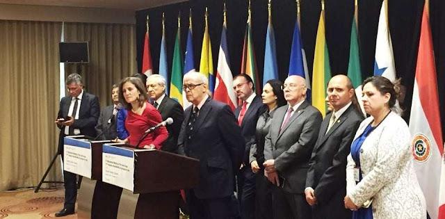 """Seis países se unen """"en bloque"""" para denunciar a Maduro en La Haya"""