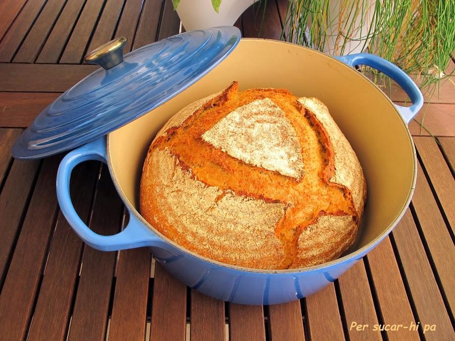 http://persucar-hipa.blogspot.com.es/2013/12/pan-en-cocotte.html