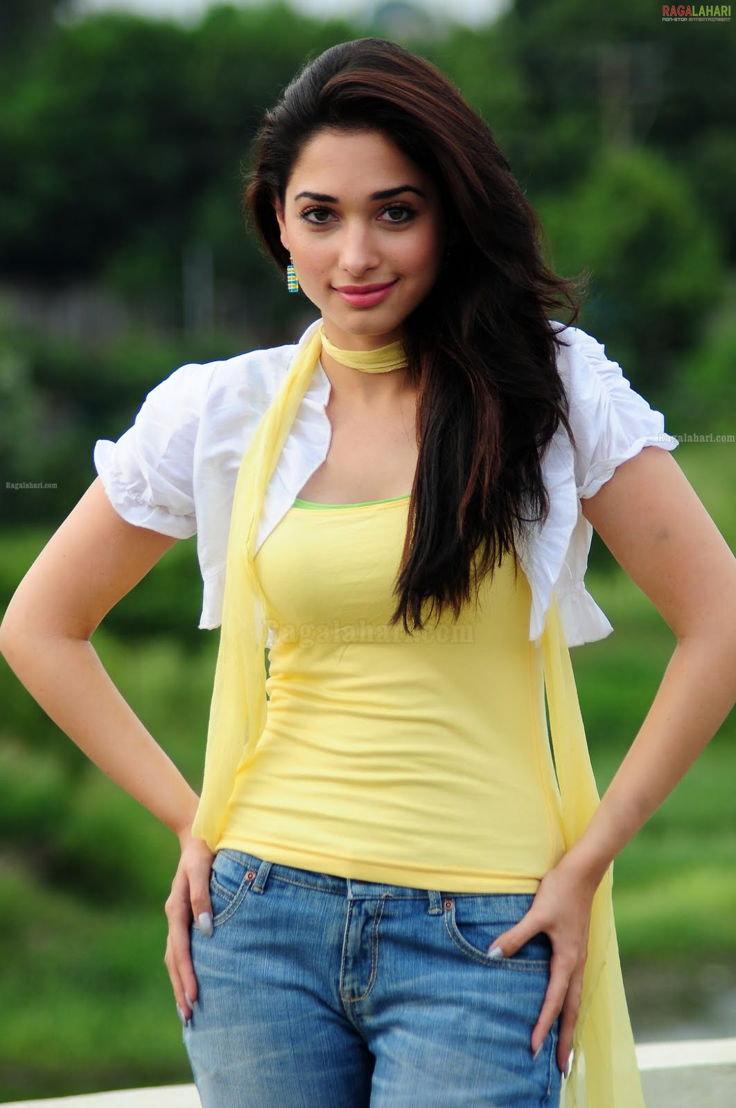 Indian Girls In Sexy Jeans
