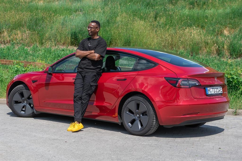 Melkies Ausiku Tests Tesla's Electrical Car In Germany