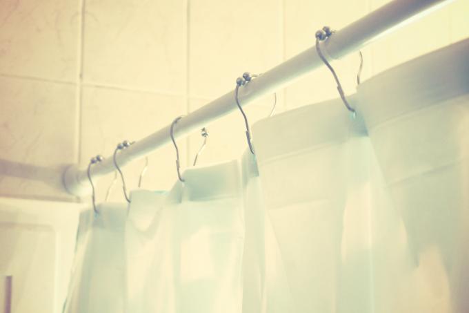 La technique du double rideau de douche