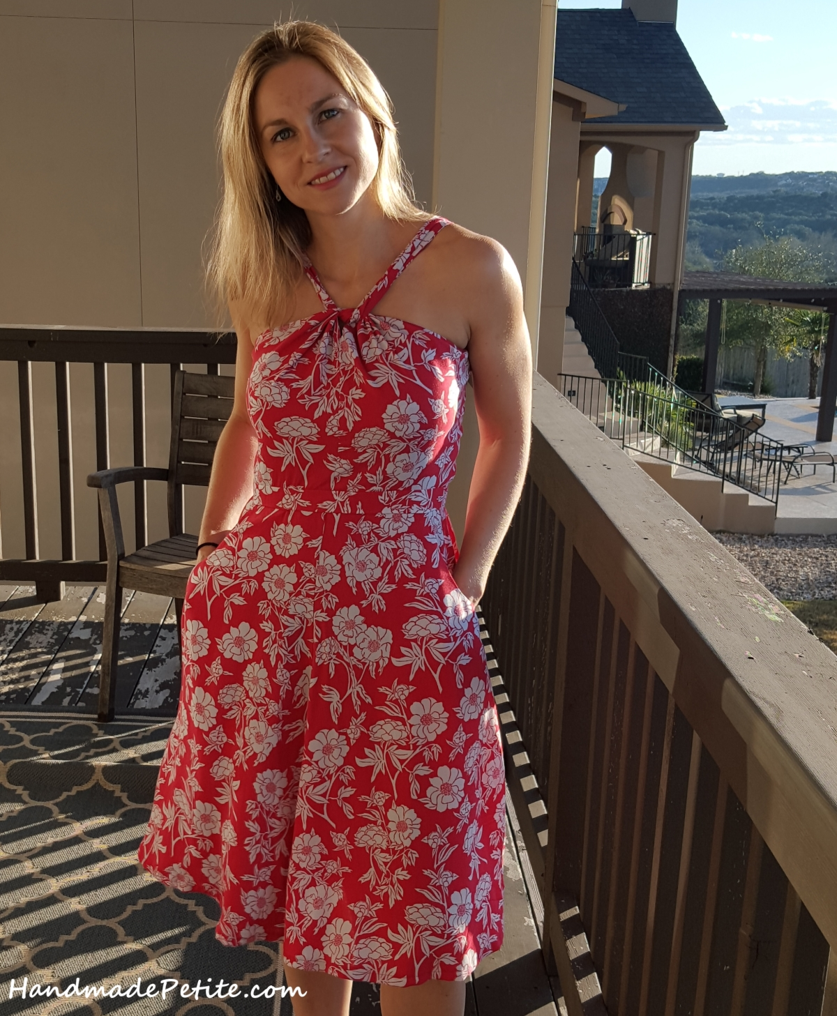 Sewing Lonsdale summer dress red and white rayon challis Peony Scarlet