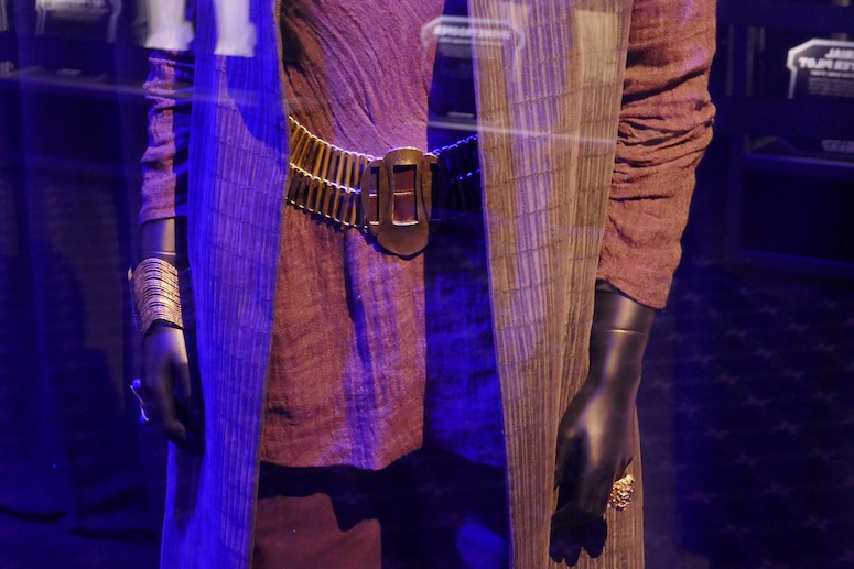 Leia costume detail Star Wars Rise of Skywalker