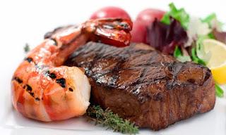 Benarkah Makanan Laut Dan Darat Tidak Boleh Dimakan Sekali ?