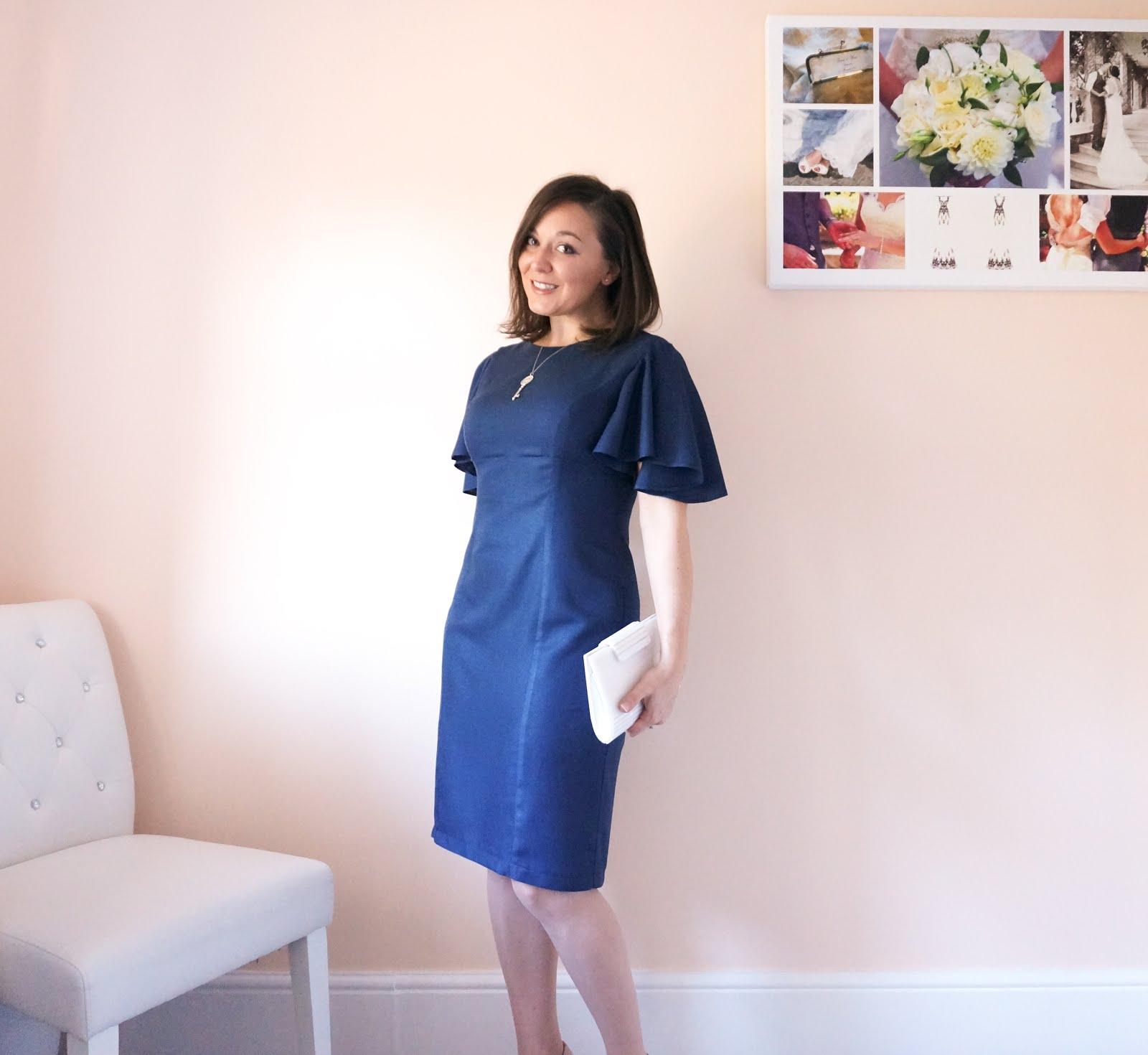 Minerva Crafts Blogger Network - Simplicity 8292 in Atelier Brunette Crepe