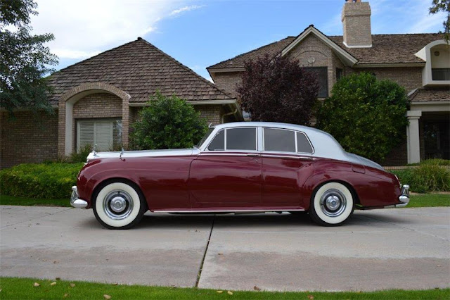 Rolls-Royce Silver Cloud 1950s British classic car