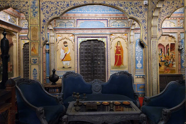 Elegance at its best, Drawing room inside Kothari's Patwa Haveli