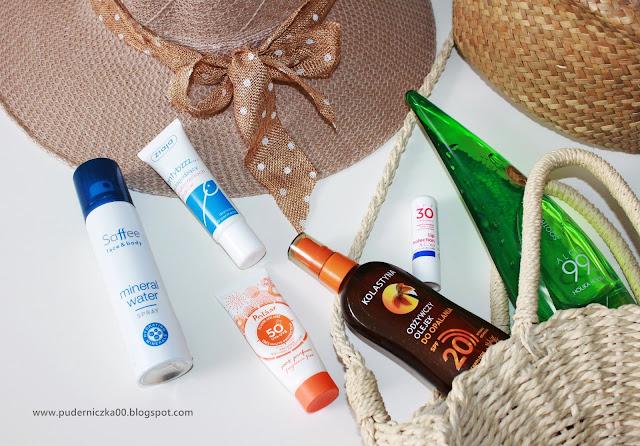 Letni niezbędnik kosmetyczny na wakacje