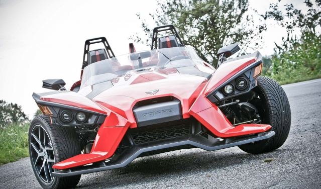 Polaris Slingshot: When Batman meets Transformers!