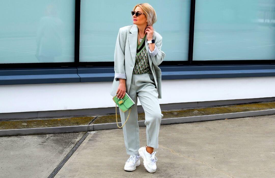 oversize-hosenanzug-outfit