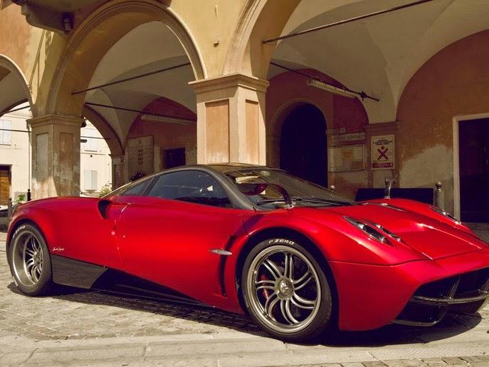 مؤسس فيسبوك يشتري سيارة فارهة Pagani Huayra 3