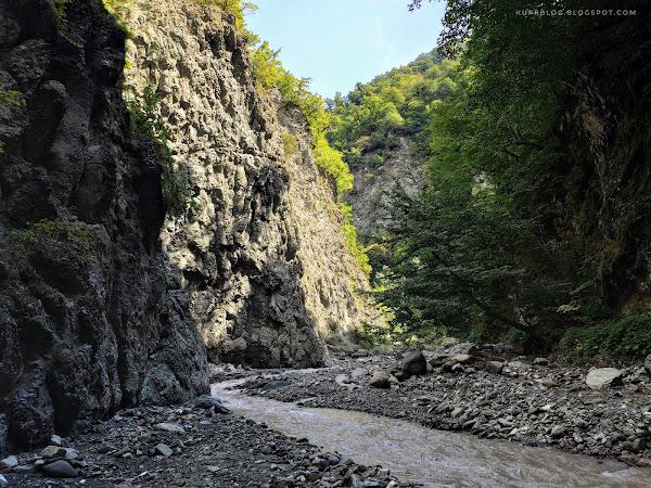 На реке Ахохчай