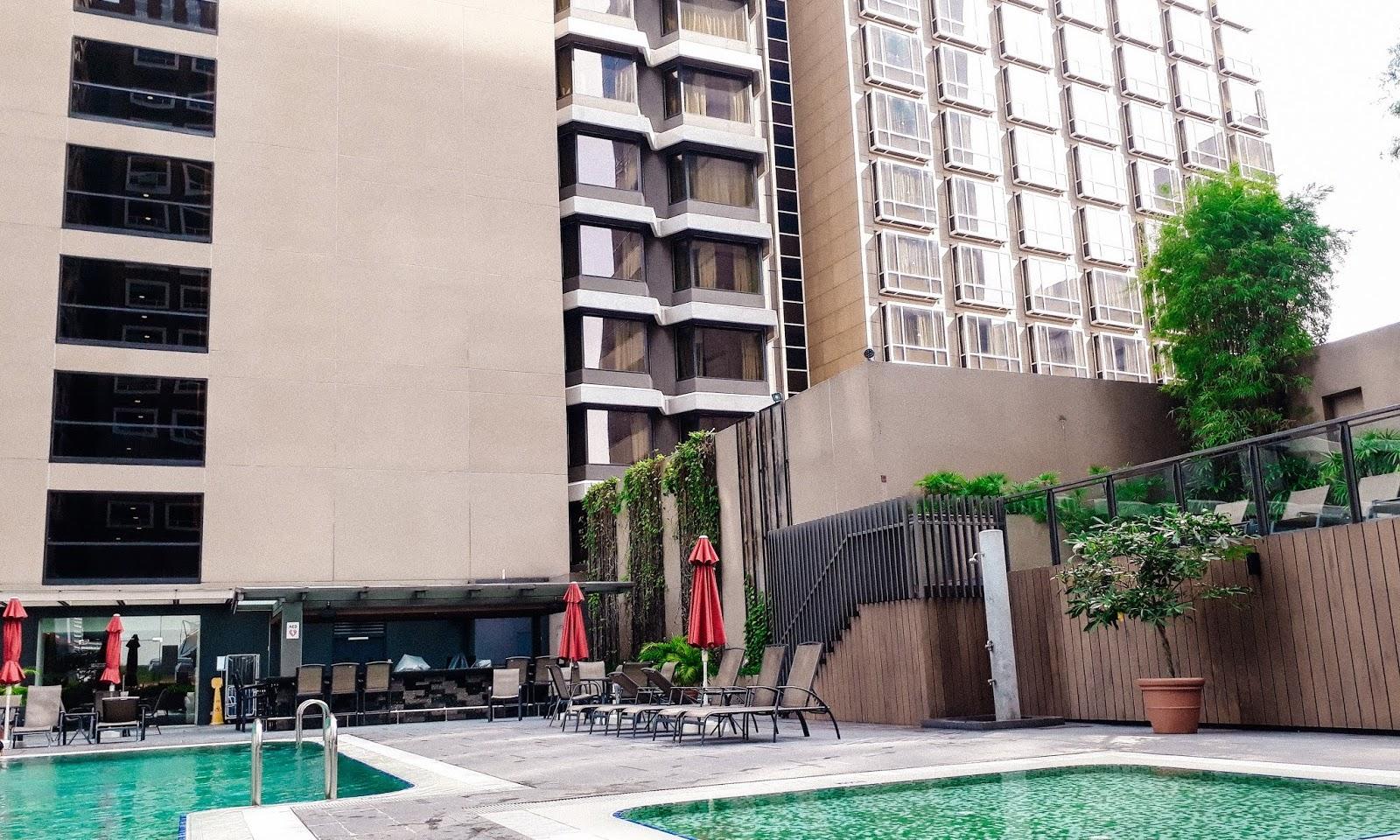 carlton hotel singapore review