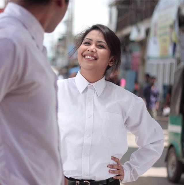 Ashna Habib Bhabna Biography, Hot HD Photos, Wallpapers In Shirt