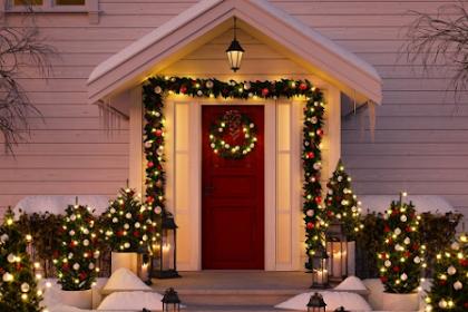 Hva du bør vurdere før dekorere plenen til jul