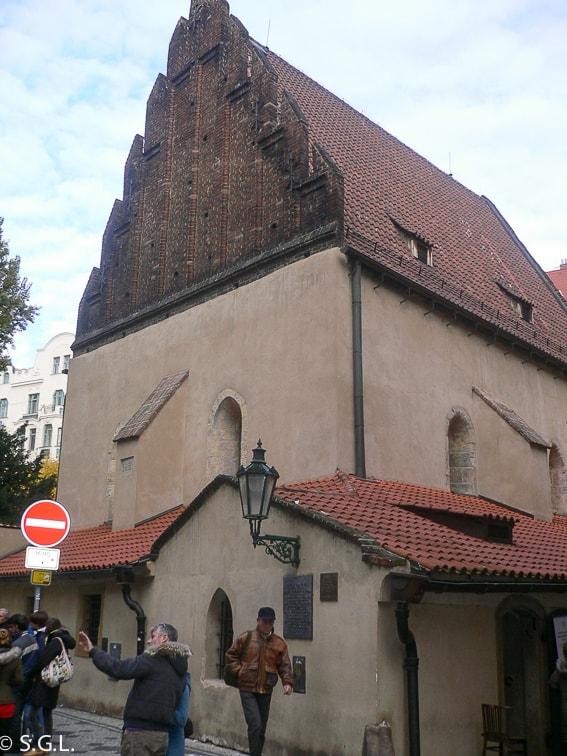 Sinagoga Vieja Nueva del barrio judio de Praga