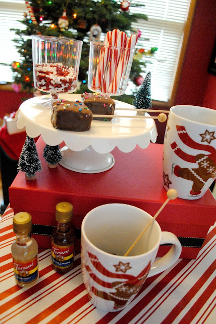 Hot cocoa bar and Christmas movies are the perfect way to spend a snow day over on FizzyParty.com