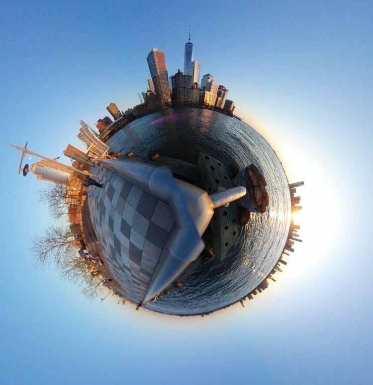 Manhattanin eteläkärki auringonlaskun aikaan