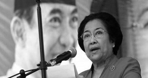 Presiden Megawati Soekarno Putri adalah Presiden Indonesia yang kelima yang menjabat seja Perkembangan Politik dan Ekonomi Masa Megawati Soekarno Putri