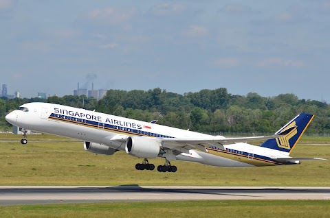 Top 10 Longest Flights In The World 2020