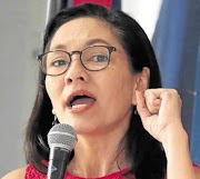 Hontiveros to allies in the opposition : Let's join forces in 2022