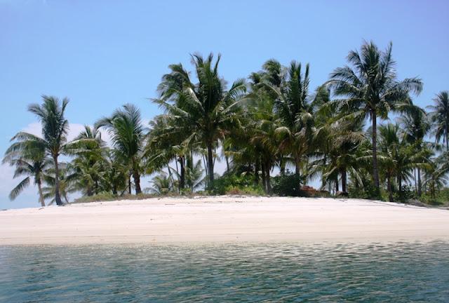 Paket Pulau Abang Batam