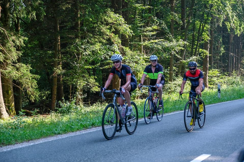Tips aman dan sehat bersepeda